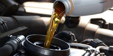 Olie, water, bandenspanning en verlichting controleren